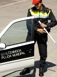 La Policía Municipal de Bilbaolleva a cabola segunda campaña de control de velocidad de 2013