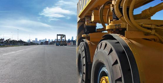 Continental lanza una nueva gama de neumáticos de mayor resistencia para vehículos portuarios