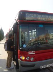 El autobús público de Valencia aumenta su uso gracias a la apertura de las líneas del Servicio de Playas