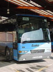 Euskotren recibe el certificado ECOSTARS en reconocimiento a la gestión sostenible de sus autobuses
