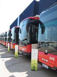 Desconvocadas las huelgas de autobuses de TMB anunciadas por los sindicatos para esta semana