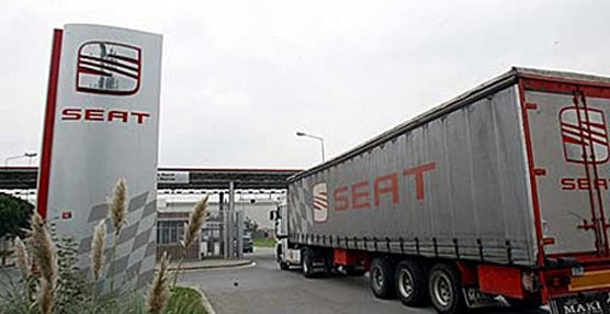 SEAT y la mayoría sindical firman el acuerdo sobre la suspensión temporal de empleo 'minimizando sus efectos'