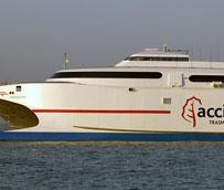 Alsa y Trasmediterranea lanzan billetes combinados de autobús y barco a Algeciras con un 20% de descuento