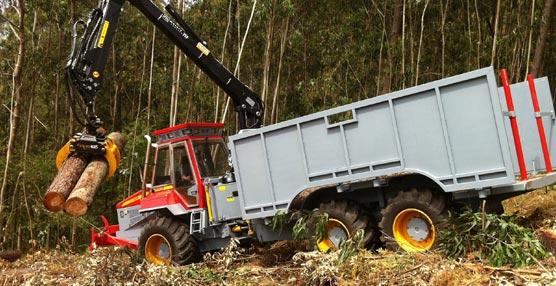 Se presenta el nuevo autocargador forestal FORCAR F210 equipado con transmisión automática Allison