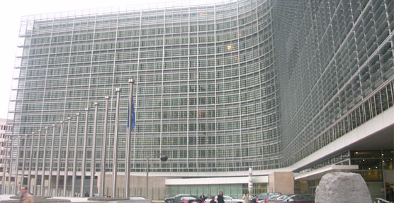 Fenebús se reúnecon la Comisión Europea para defender el sistema de concesiones español