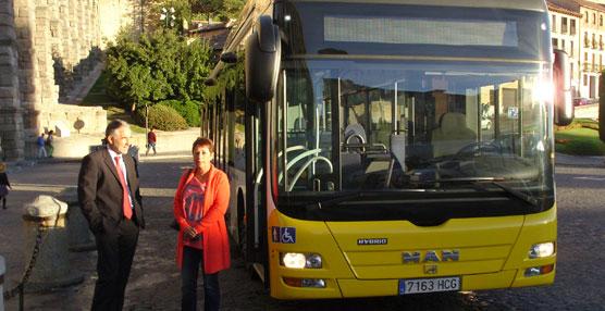Urbanos de Segovia, y el Ayuntamiento ponen a prueba un autobús híbrido en el servicio de transporte urbano