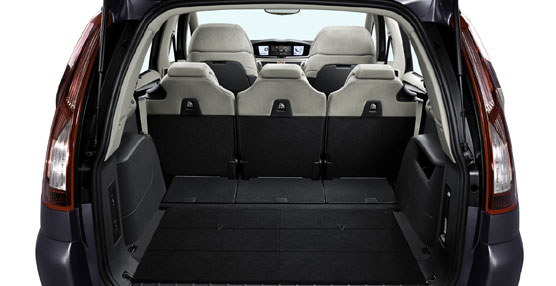 El nuevo Citroën Grand C4 Picasso de siete plazas incorpora novedades como la nueva plataforma EMP2