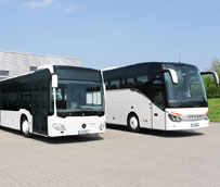El programa de productos para autobuses Mercedes-Benz y Setra consta de dos nuevos catálogos