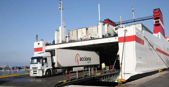 Trasmediterranea arranca la temporada de invierno recuperando cuota en carga