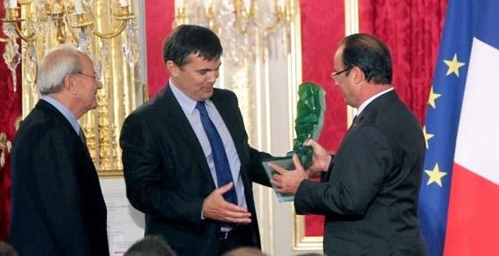 ID Logistics premiada de manos del Presidente francés, François Hollande,por su