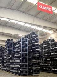 Kumho Tires inaugura su primer almacén propio en España ubicado en la provincia de Guadalajara