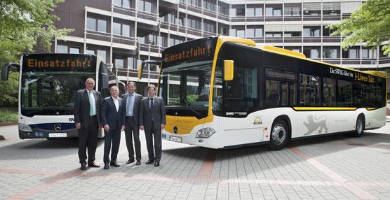 Las autoridades alemanas afirman que los autobuses son la forma de transporte más seguro