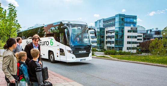Scania presenta su gama completa de autobuses Euro 6 en Busworld 2013
