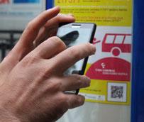 Dbus instala códigos QR en las paradaspara consultar el tiempo de llegada de los autobuses
