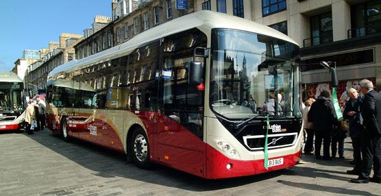 Lothian Buses adquiere 20 autobuses híbridos Volvo 7900 bajo la norma Euro 6 para mejorar su flota