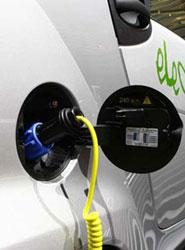 El ITCL presenta el proyecto RECARKING, un sistema de recarga de vehículos eléctricos en grandes instalaciones