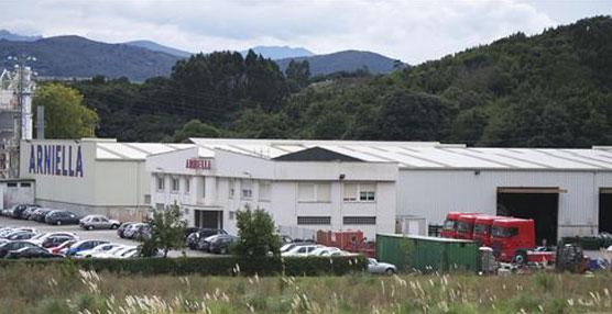 Transportes Arniella premiado por la multinacional Sabic como mejor proveedor logístico en 2013