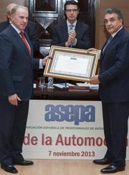 ASEPA nombra 'Personaje Ilustre de la Automoción Española 2013' a Francisco Javier García Sanz