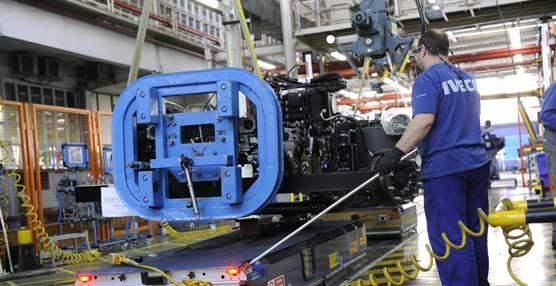 Iveco pone en marcha la segunda promoción de formación dual en la planta de Madrid