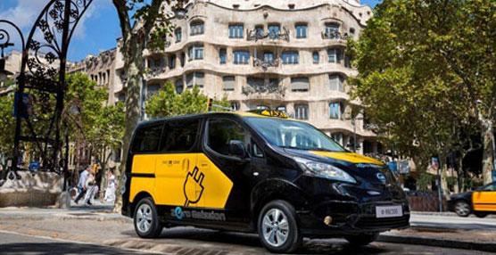 El taxi 100% eléctrico de Barcelona se muestra por primera vez a la ciudadanía de la Ciudad Condal