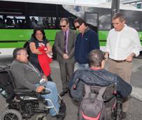 TITSA muestra a los colectivos con discapacidad los avances en accesibilidad de los intercambiadores
