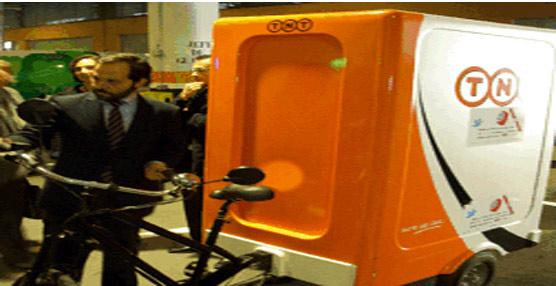 Vehículo eléctrico de transporte.