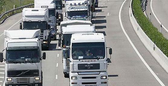 Camiones en ruta.