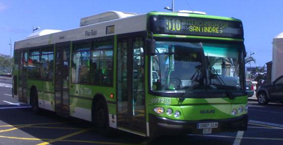 Autobús de la empresa Titsa.
