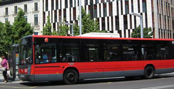 Autobús de la empresa AUZ.