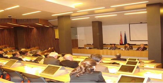 El director de transporte terrestre del Ministerio de Fomento, Joaquín del Moral se reune con la dirección de Asintra