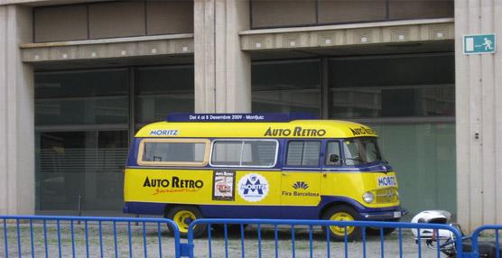 Arranca el Salón Auto Retro de Barcelona con la presencia de autobuses y autocares de la época en 'El Triangle'