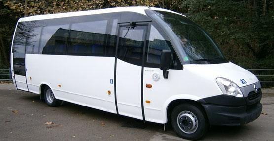 Indcar entrega 11 unidades de Wing Urbano a Tide Buss y una unidad del Mago 2 a Ambulàncies la Pau