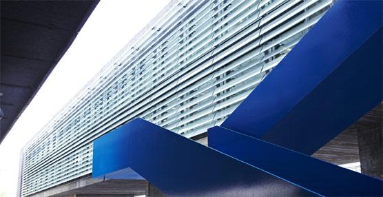 La sede central de la EMT de Madrid celebra su décimo aniversario en un edificio reconocido con varios premios