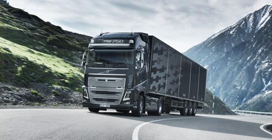 El Volvo FH16 Euro 6 se pondrá a la venta en marzo de 2014 y su producción está prevista para principios de junio
