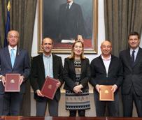 Pastor preside la ratificación del acuerdo de garantías de estabilidad en el empleo entre Adif y los sindicatos