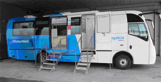 UNVI entrega una oficina móvil a NCG BANCO para ofrecer todos los servicios del banco en zonas del medio rural