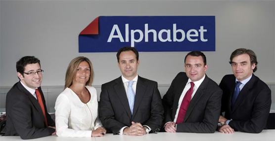Alphabet España recibe el premio 'Empresa flexible 2013' por sus prácticas en flexibilidad y conciliación laboral
