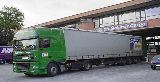 Camión  situado para cargar.