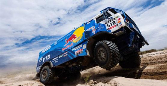 Michelin incorpora sus neumáticos insignia de la serie 'XZL +' en siete de los diez camiones del Dakar 2014