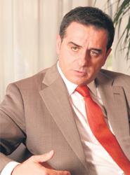 Ramón Valdivia.