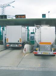El tráfico en las autopistas de peaje acumula siete años de caídas, con un 4,9% menos en 2013 frente a 2012