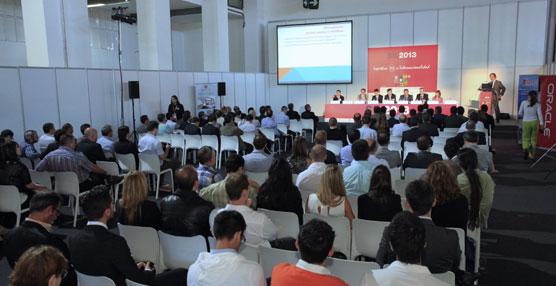La edición de SIL en 2013 congregó a  3.600 asistentes y 227 ponentes.