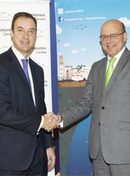 José Luis Fernández Day y Santiago Vallejo durante la firma del acuerdo.