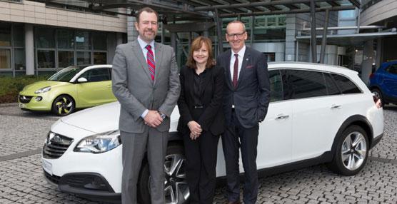 Mary Barra ha estado acompañada del nuevo Director General de GM, Dan Ammann.