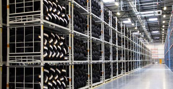 La nueva instalación cuenta con maquinaria y tecnología avanzada para producir neumáticos para coches y camiones ligeros.