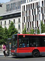 Autobús de AUZ.