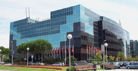 CEPSA acuerda con una filial del grupo SAIC la distribución de sus lubricantes en el mercado chino