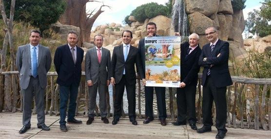 La EMT de Valenciacomercializará un paquete turístico combinado de billetes y entradas con Renfe y Bioparc