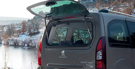 Vista del maletero del Partner Tepee. Foto Peugeot.