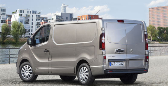 Diseño, motor y nuevas soluciones de carga, las claves del Opel Vivaro que sale al mercado a finales del verano